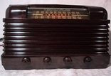 1948,truetone D-2819,tube radio,tubesvalves.com,bakelite valve wireless,am/fm,