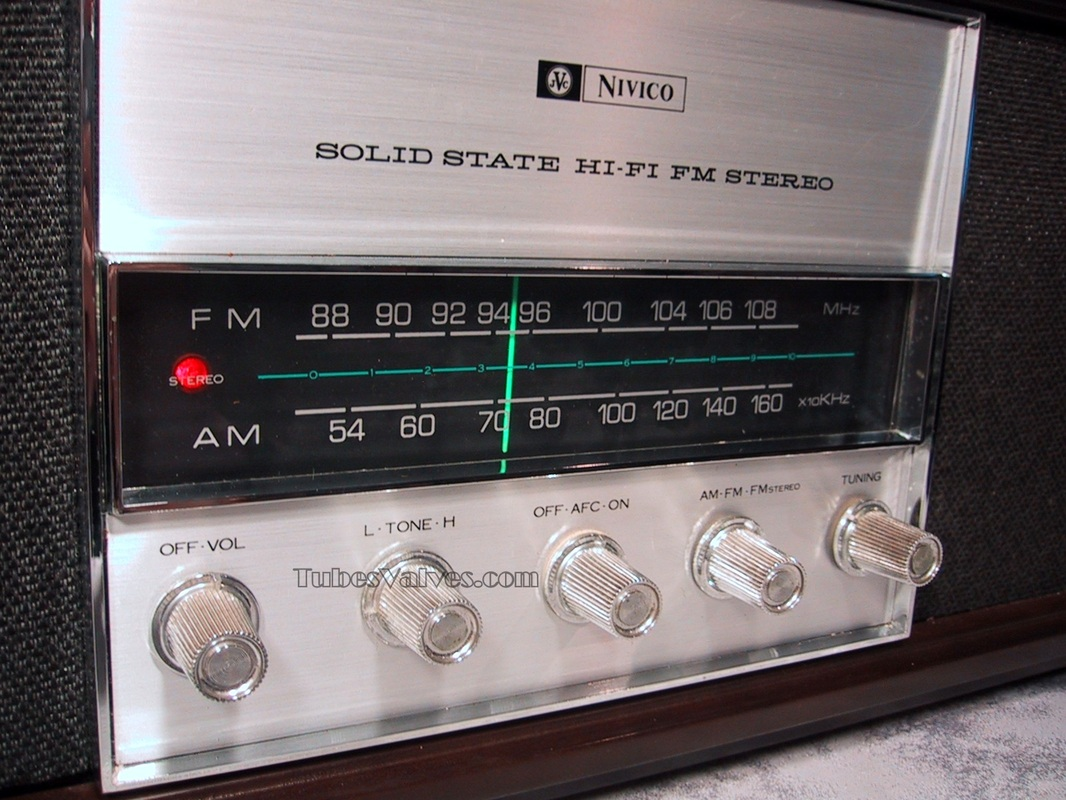 JVC solid state 1960's radio am/fm