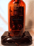 radio in a bottle,magictone,4 tubes valves,tubesvalves,radio development research corp model 504